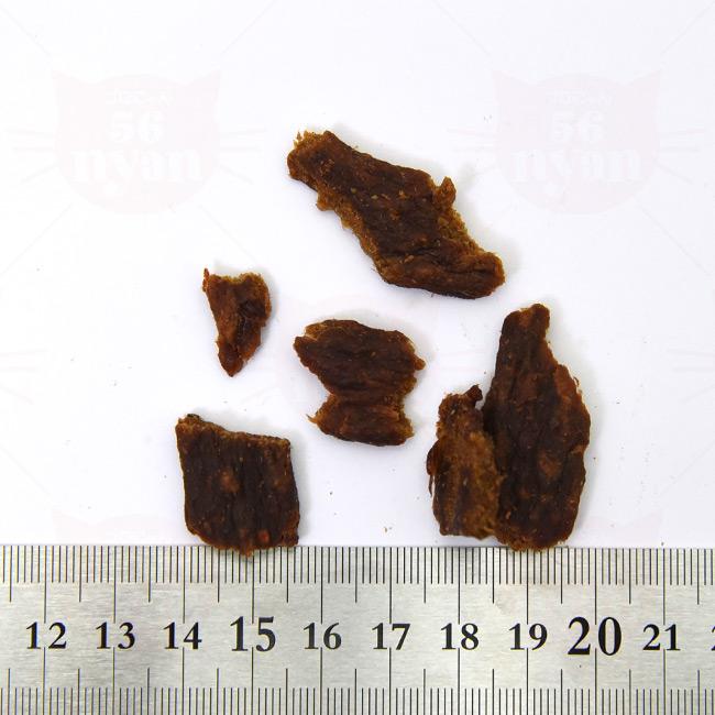 アブソルート エアドライ キャットトリーツ グランドプレーリー(チキン&ホキ) 粒の大きさ